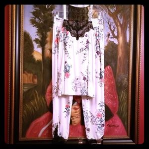 Soma lace floral pajamas NEVER SLEPT IN